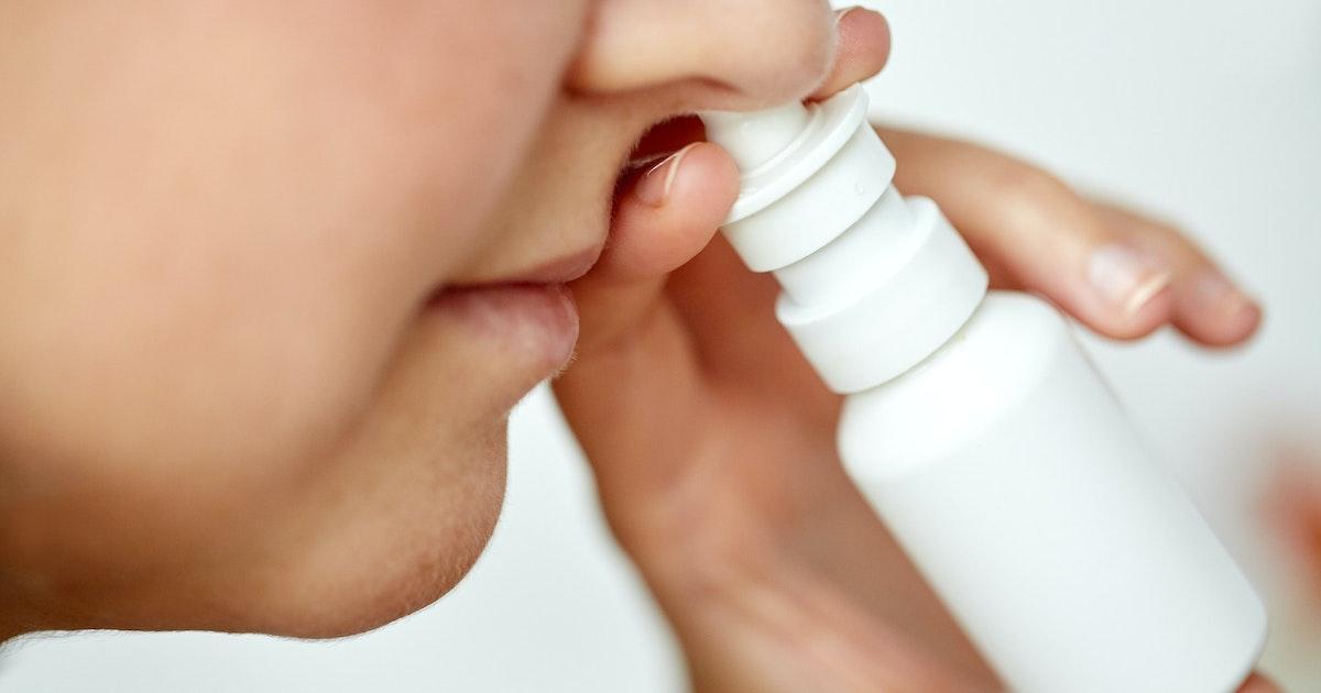 Neusspray met oxytocine stimuleert natuurlijke aanmaak 'knuffelhormoon' bij mensen met autisme - Eos Wetenschap